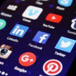 Facebookで写真・画像を投稿すると逆さま・横になる場合の対処法と原因